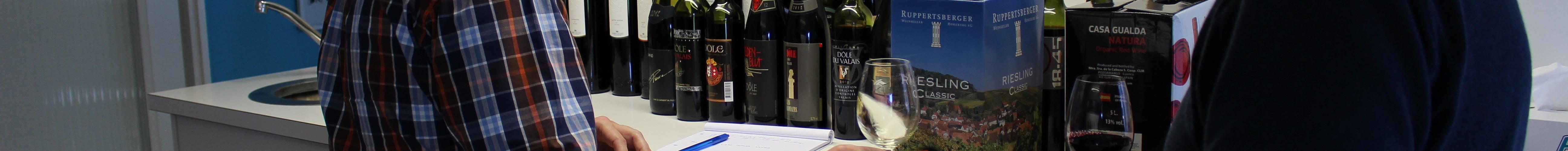 Sampling Ultrasonic Aged Wine